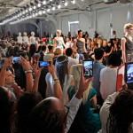 Показ мод Mercedes-Benz Fashion Week весна 2014, 5 сентября 2013 в Нью-Йорке.