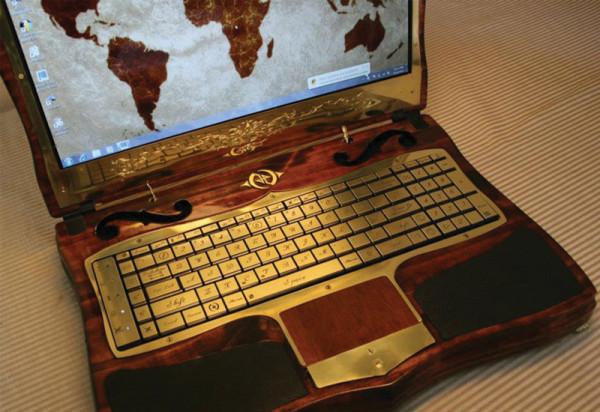 ноутбук в стиле стимпанк