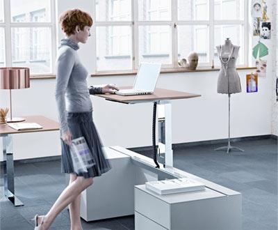 работать за компьютером стоя