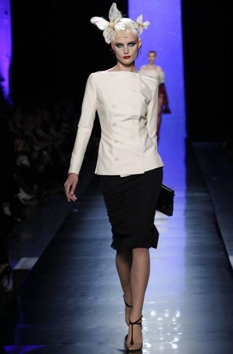 jean-paul-gaultier-haute-couture-spring-2014-show7-467×700