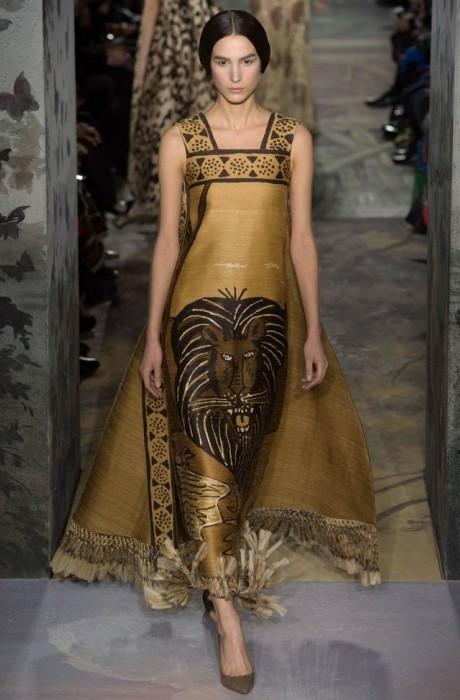 valentino-haute-couture-spring-2014-show20-467×700