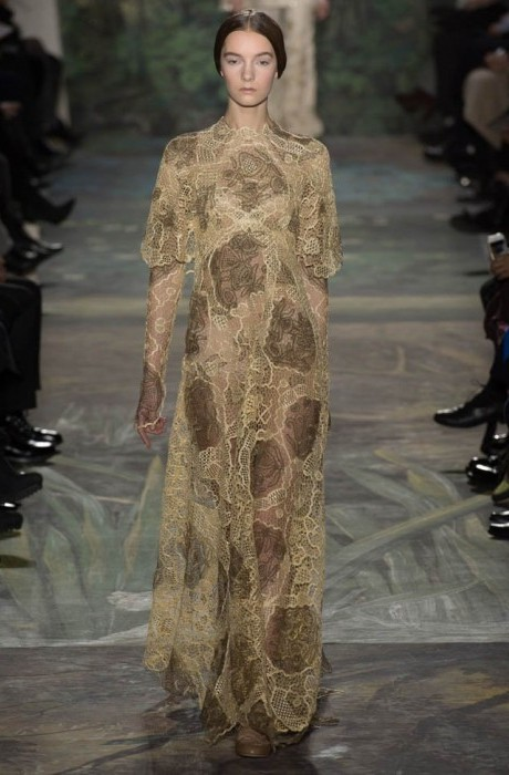 valentino-haute-couture-spring-2014-show21-467×700
