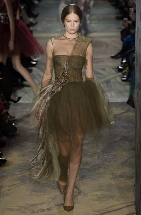 valentino-haute-couture-spring-2014-show7-467×700